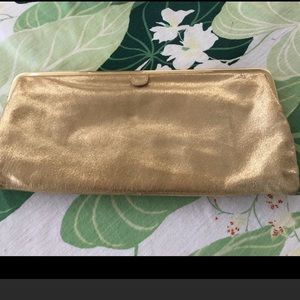 HOBO Original Gold  & Hinged Clutch